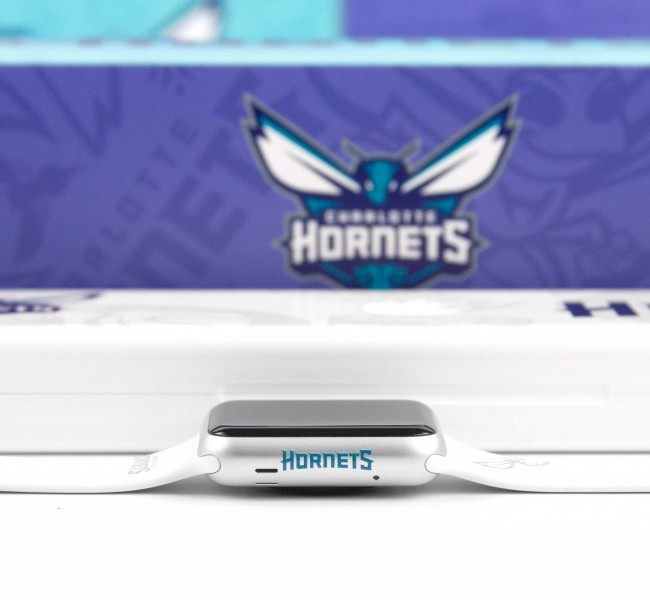 Web_used_Charlotte_Hornets12_hero